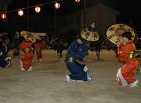 写真:大島の傘踊り