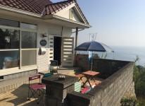 写真島の隠れ家的ゲストハウスで読書三昧【NEW】